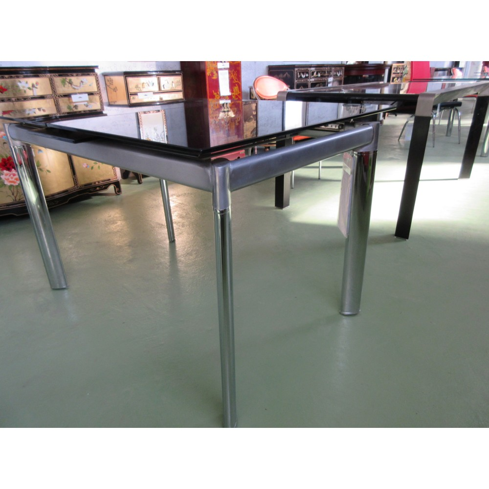 Magasin table a manger 28 images plus de 20 mod 232 for Table salle manger monsieur meuble