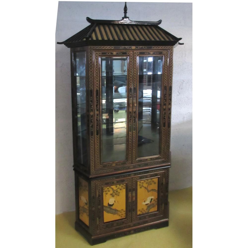 Vitrine chinoise noire et or magasin du meuble asiatique for Mobilier asiatique