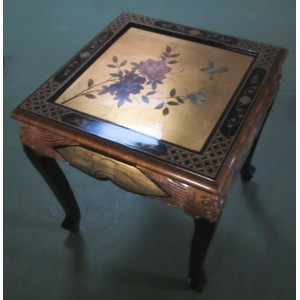 Table basse chinoise laque d'or