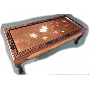 Table chinoise basse laque d'or dessus verre